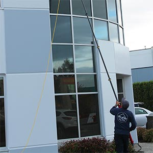 Residential and Commercial Window Cleaning and Power Washing service in Surrey, Langley and White Rock area.